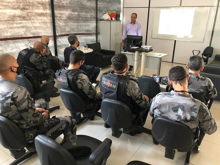 Efetivo da Rotam recebe palestra sobre inteligência e policiamento tático
