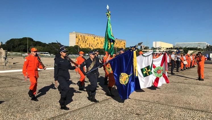 Substituição da Bandeira Nacional