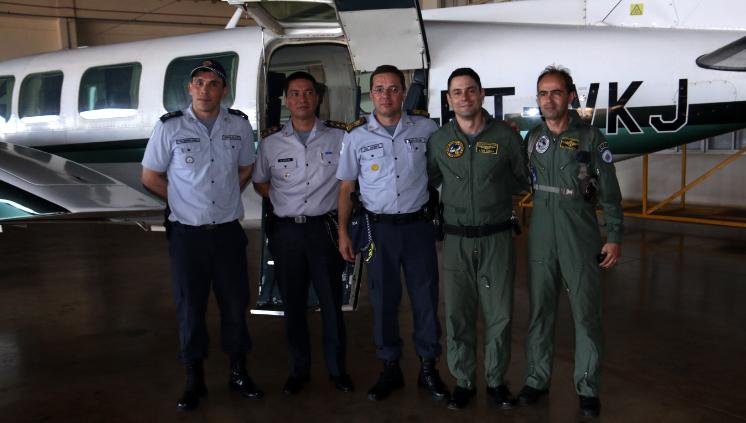 Comando da Corporação apresenta o avião Carajá, nova aquisição da PMDF