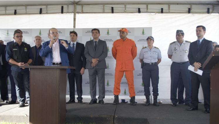 Governador anuncia aumento da gratificação do serviço voluntário durante Operação Prioridade